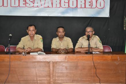 Eko Priyanto : Empat Hal Yang Harus Diperhatikan Agar Pemerintah Desa Argorejo Semakin Baik